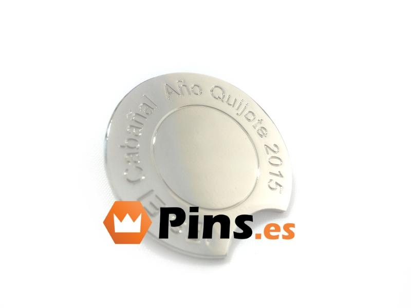 pins-plateados